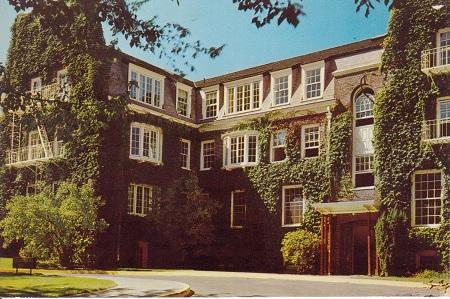 Hendricks Hall, U of O