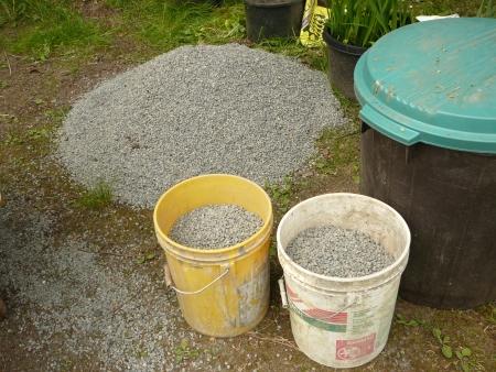 1/4-10 gravel